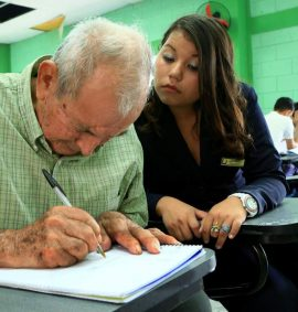 Taller de Aprendizaje para adulto mayor.