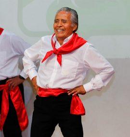 Taller de Danzas Peruanas para adulto mayor.